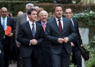 Visite de travail au Luxembourg du Premier ministre de la République française (11.04.2016), (de g. à dr.) Manuel Valls, Xavier Bettel
