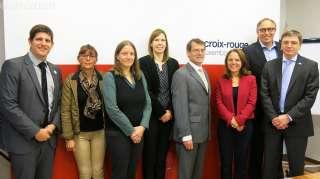 Corinne Cahen avec les responsables des services de la Croix-Rouge luxembourgeoise